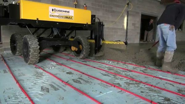 Concrete Floor: The Industry's First Combo Paving And Superflat Screed Head Running On In-Floor Heat Tubing