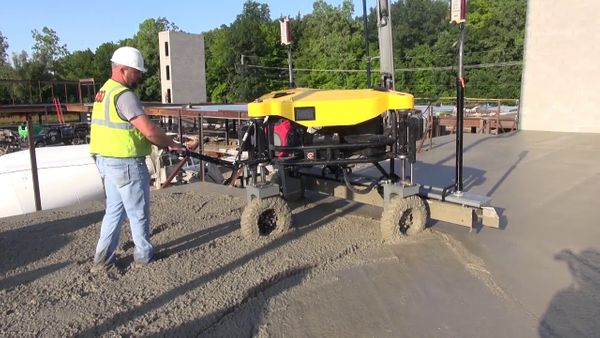 Metal Deck Watch Why Ligchine's SPIDERSCREED™ Is Ideal For Metal Deck Concrete Placements